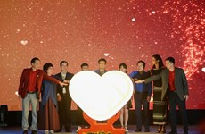 Lanzan en Vietnam programa a favor de profesores y estudiantes en áreas desfavorecidas