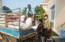 COVID-19: Ofrecen ayuda a vietnamitas residentes en Camboya