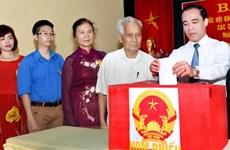Garantizan equidad entre candidatos para las próximas elecciones en Vietnam