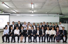 Honran a vietnamitas en el extranjero con gran contribución al desarrollo nacional