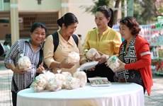 Vietnam apoya a un millón de mujeres a hacer negocios