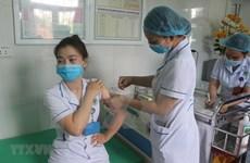Casi 107 mil personas vacunadas contra COVID-19 en Vietnam
