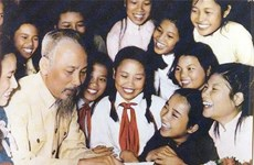 Publican nuevo libro sobre Presidente Ho Chi Minh