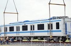 Instalan primeros vagones del tren número 2 en Línea 1 del metro
