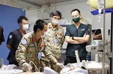 Médicos vietnamitas realizan compleja técnica postoperatoria en Sudán del Sur