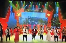 Programa artístico honra éxito de elecciones legislativas en Vietnam