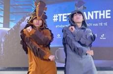 Elevan conciencia sobre la protección de la vida silvestre con la danza del pangolín