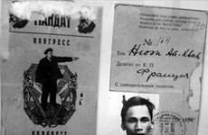 Presentan libro de fotos sobre el viaje de Ho Chi Minh para salvar la Patria