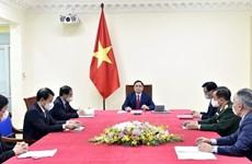 Primer ministro de Vietnam dialoga con su homólogo de China