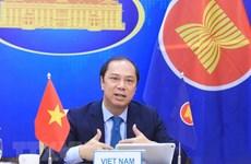 ASEAN y China reiteran compromiso con enfrentamiento a asuntos regionales apremiantes