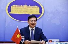Reciben donaciones de vietnamitas en el extranjero para apoyar lucha contra el COVID-19