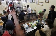 Hanoi reabre hoy servicios en peluquería y restaurantes