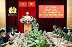 Abren proceso legal contra expolicía vietnamita por recibir sobornos