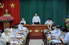 Discuten en Vietnam asuntos teóricos y prácticos sobre construcción del Partido