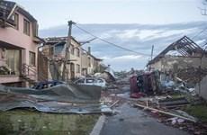 Embajada de Vietnam apoya a coterráneos afectados por tornado en República Checa
