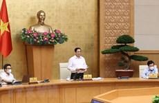 Urge premier vietnamita a controlar y repeler brotes del COVID-19 en localidades sureñas
