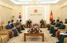Vietnam promueve nexos en defensa con Corea del Sur y la India
