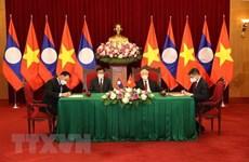 Destaca periódico Pathetlao la solidaridad especial y cooperación integral entre Vietnam y Laos