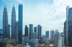 Fitch Ratings califica a Malasia con perspectiva estable
