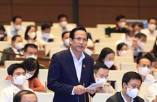 Parlamento de Vietnam analiza políticas de apoyo a afectados por COVID-19