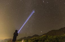 """Fansipán, uno de los mejores destinos de """"turismo espacial"""" sin volar al cosmos"""
