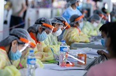Laos extiende duración del monitoreo médico de trabajadores inmigrantes
