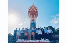 Rinden tributo a mártires vietnamitas fallecidos en Camboya