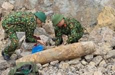 Trasladan con éxito bomba de 200 kilogramos desenterrada en provincia vietnamita