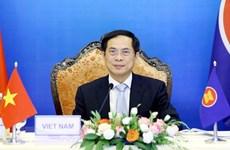 ASEAN y socios intensifican cooperación en respuesta al COVID-19