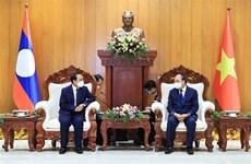 Vietnam concede gran importancia a nexos con Laos, según presidente Nguyen Xuan Phuc