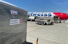 Suiza dona 13 toneladas de asistencia médica a Vietnam