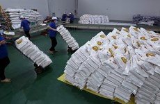 Hanoi dona seis mil toneladas de arroz a localidades afectadas gravemente por COVID-19