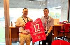 Club japonés Cerezo Osaka quiere impulsar cooperación con el fútbol vietnamita