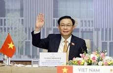 Presidente de Asamblea Nacional de Vietnam conversa con su homólogo tailandés