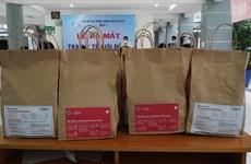 Brindan bolsas de medicamentos a pacientes del COVID-19 en Ciudad Ho Chi Minh