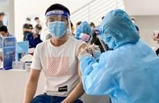 Aceleran vacunación en provincia vietnamita con más de 110 mil casos del COVID-19