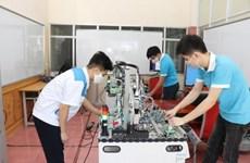 Vietnam por mejorar contingente laboral en contexto de cuarta revolución industrial