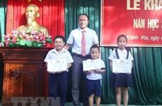 Estudiantes de primaria en distrito insular vietnamita comienzan nuevo año escolar
