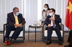 Vietnam dispuesto a crear condiciones favorables para las firmas europeas