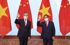 Vietnam considera importantes sus nexos con China
