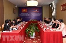 Resaltan cooperación estrecha y duradera entre agencias noticiosas de Vietnam y Laos