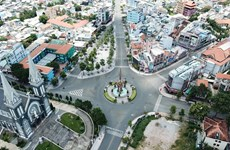 Exigen estricta implementación del distanciamiento social en áreas de alto riesgo en Vietnam