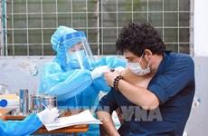 Hanoi facilita vacunación contra el COVID-19 para extranjeros