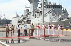 Buques de la Armada Real de Australia llegaron a Vietnam