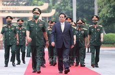 Primer ministro vietnamita realza atención a capacitación de Academia de Defensa
