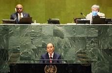 Vietnam comparte con el mundo lucha contra el COVID-19, afirma presidente Xuan Phuc