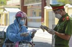 Reciben vacuna contra COVID-19 la mayoría de transportistas en Ciudad Ho Chi Minh