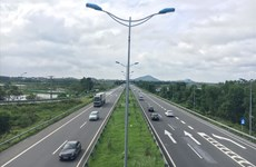 Fuerte desembolso de inversión pública, principal motor de crecimiento de Hanoi