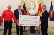 Alemania dona equipos médicos a Vietnam para combatir el COVID-19