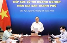 Presidente de Vietnam comparte dificultades con empresas en Ciudad Ho Chi Minh